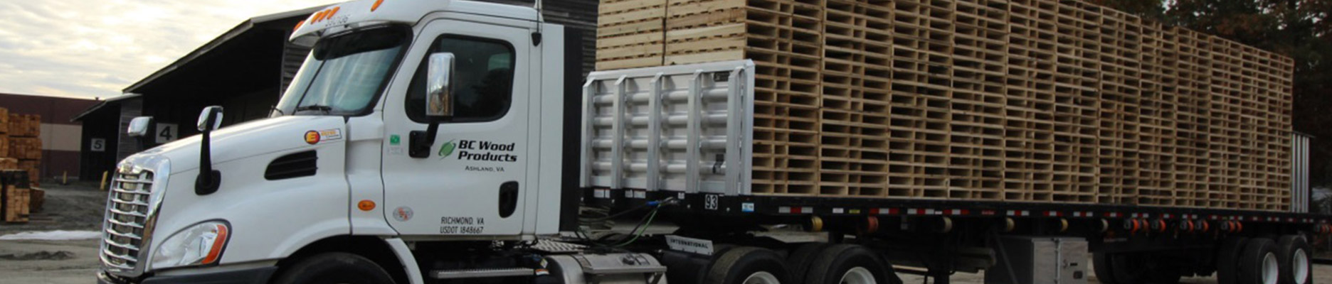 bcwood-truck-with-pallets